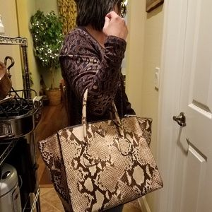 Authentic Prada Lucido Roccia (Brown) Sho